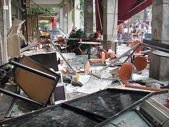מסעדת ג'ירף לאחר פיצוץ / צלם: אבשלום ששוני